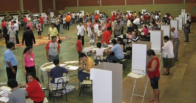 La Nación / Partidos políticos eligen a candidatos que los representarán en municipales