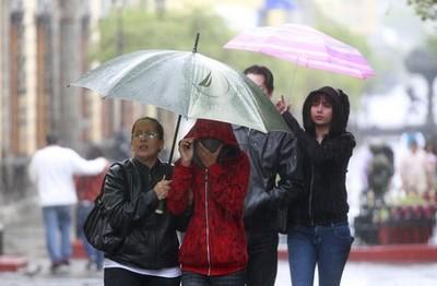 Lluvia y frío marcarán las internas simultáneas