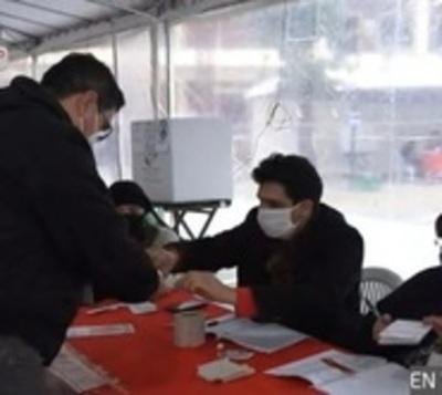 Abren puertas de los centros de votación