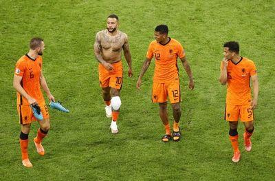 Países Bajos busca el pleno