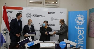 La Nación / Unicef donó 540.000 jeringas al Ministerio de Salud