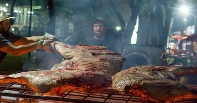 """La Nación / Famoso parrillero asegura que """"históricamente el asado paraguayo es autóctono"""""""