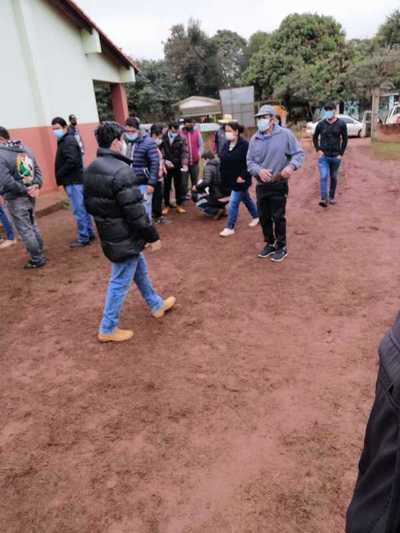 Pretenden cargar urnas en Tavapy