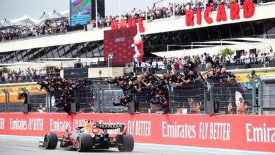 Un magistral Verstappen le propina otro golpe a Hamilton
