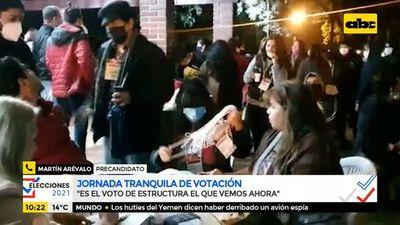 """Resignado, Arévalo habla de que el oficialismo """"arreó"""" a votantes"""