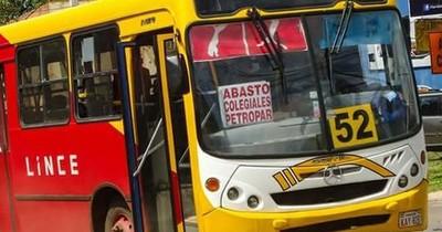 La Nación / Vecinos de Capiatá denuncian abandono de itinerario de la Línea 52 Lince