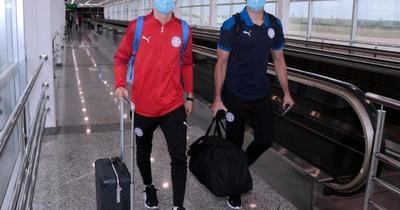 Paraguay ya viajó a Brasil para enfrentar mañana a Argentina