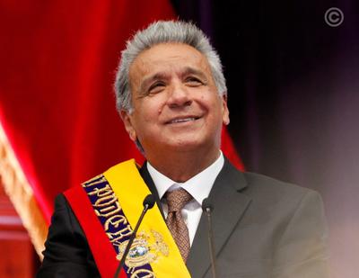 Presidente de Ecuador viajó a EE.UU para someterse a una operación de médula espinal
