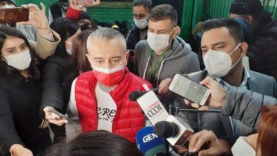 """Centurión dice que Arévalo fue """"un satélite más"""" de Rodríguez durante toda la campaña"""