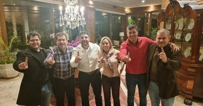 La Nación / Honor Colorado festeja victoria en Asunción