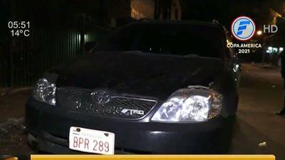 Policía gatillo fácil le disparó por un roce con el vehículo