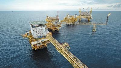 Futuros del petróleo cierran su cuarta semana de ganancias