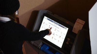 Tras internas, TSJE resalta uso de máquina electoral y sistema TREP