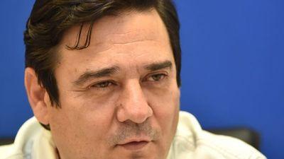 Senador Buzarquis reconoce derrota y llama a la unidad de oposición