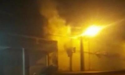 Fuego consumió por completo un local de eventos en Capiatá