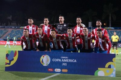 Paraguay con cambios para enfrentar a la Argentina