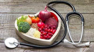 Cómo se debe alimentar a un paciente que tuvo COVID-19