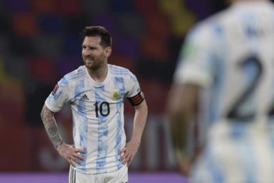 Paraguay enfrenta a una Argentina con incertidumbres por Lionel Messi