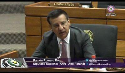 Diputado Romero Roa se encuentra en terapia intensiva por covid
