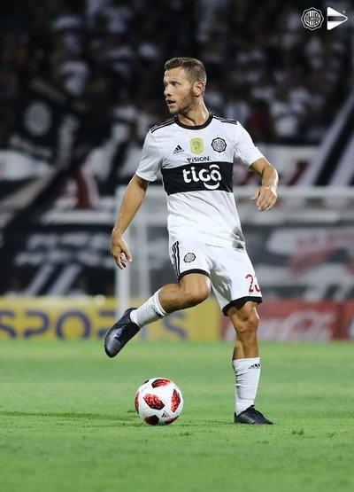 """""""Recurriré a FIFA"""": Domingo demandará a Olimpia por rescisión """"injustificada"""" de contrato"""