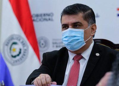 Importante descenso de internaciones de personal de blanco vacunado, afirmó el ministro de Salud