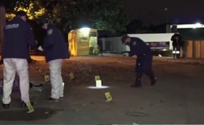 Policía borracho baleó a un automovilista