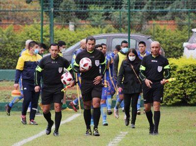 Primera B: árbitros designados