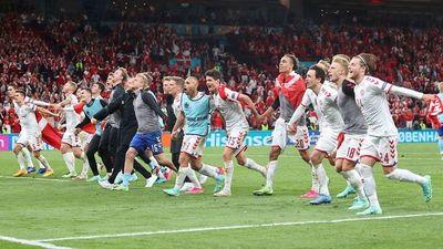 Dinamarca resucita y echa a Rusia de la Eurocopa