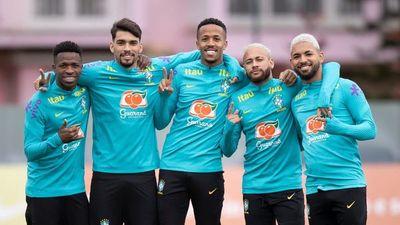 Brasil vuelve a entrenar pensando en Colombia