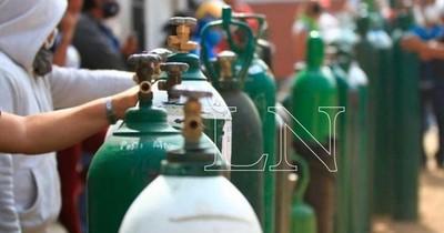 La Nación / Acepar entrega a Salud 4.000 litros de oxígeno por día