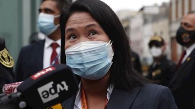Fujimori seguirá libre, pero sin poder reunirse con sus colaboradores