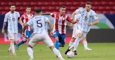 Paraguay cae por la mínima ante Argentina