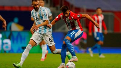 La Albirroja sufre su primer tropiezo en la Copa ante Argentina