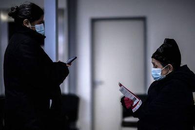 Argentina afronta el reto de vacunar en las villas miseria