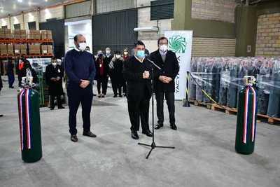 Yacyretá entrega 500 balones de oxígeno que serán destinados a hospitales