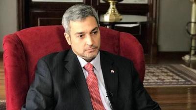 Abdo dice que no se involucrará en cuestiones partidarias para priorizar su gestión