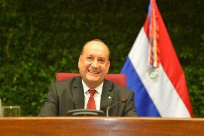 Cachito Salomón es reelecto como presidente del Congreso