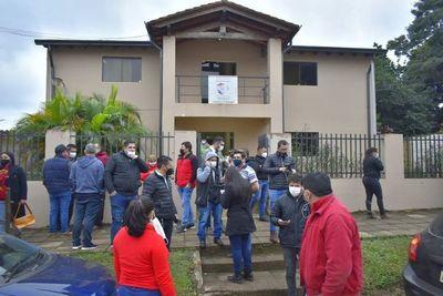 Precandidatos derrotados siguen denunciando fraude electoral en Villarrica