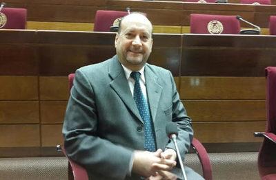 """Óscar """"Cachito"""" Salomón es reelecto como presidente de la Cámara de Senadores"""
