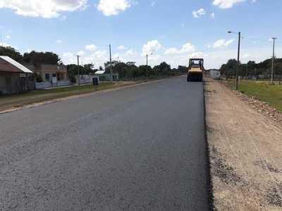 Asfaltado del tramo de la ruta PY05 – Calle 15 con 67% de avance