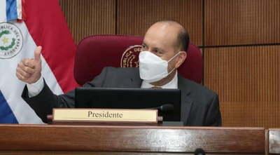"""""""Cachito"""" Salomón es reelecto como presidente del Senado por otro periodo"""