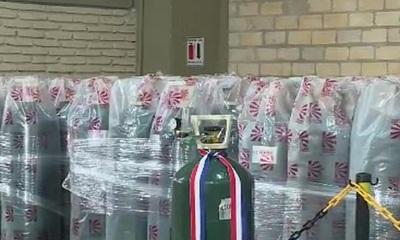 La EBY entregó balones de oxígeno al Ministerio de Salud