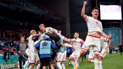 Eurocopa: la emotiva clasificación de Dinamarca a los octavos de final tras el paro cardiaco de Eriksen