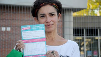 La mitad de los mayores de 20 años recibió la primera dosis contra el coronavirus en la Argentina
