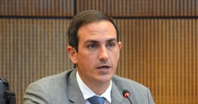"""La Nación / """"Muchos opositores, pero solo en el discurso"""", dice Rasmussen sobre reelección de Salomón"""