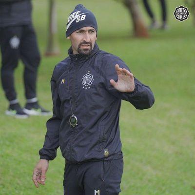 Olimpia se mide con Nacional de cara a la Copa Libertadores