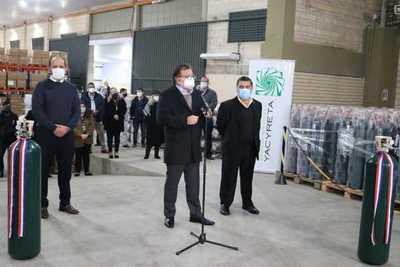 EBY entrega a Salud 500 balones de oxígeno para fortalecer servicios respiratorios