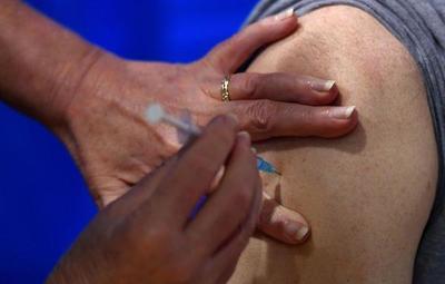 Covid-19: vacunarán a 31 personas con síndrome de Down