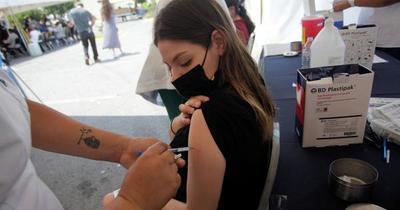 Covid: Chile comenzó a vacunar a menores de 18 años