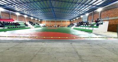 La Nación / Junta de Villa Hayes solicitará a la CGR auditoría de polideportivo
